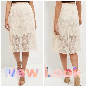 New Look Shell Lace Pleated Skirt Size 6 midi